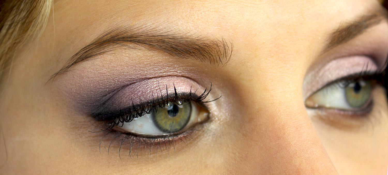 Maquillage yeux vert, voici comment je fais ressortir mes yeux